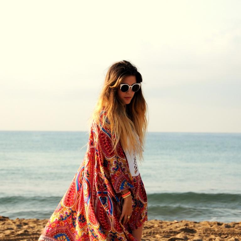 15colgadasdeunapercha-verano-summer-bañador-swimsuit-white-blanco-kimono-shorts-70s-anna-duarte-2