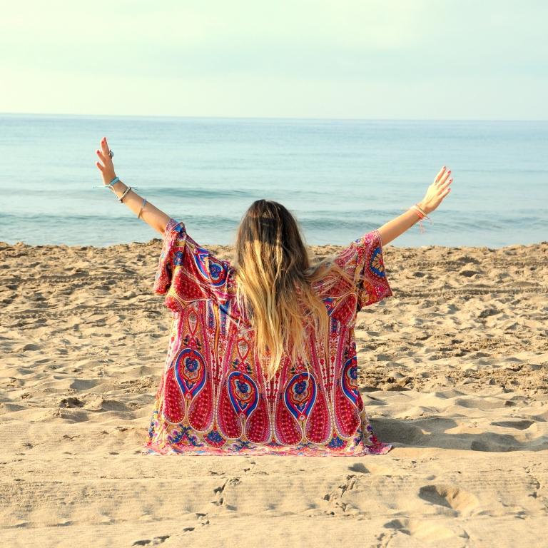 15colgadasdeunapercha-verano-summer-bañador-swimsuit-white-blanco-kimono-shorts-70s-anna-duarte-4