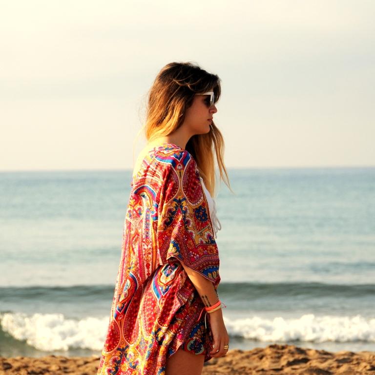 15colgadasdeunapercha-verano-summer-bañador-swimsuit-white-blanco-kimono-shorts-70s-anna-duarte-9