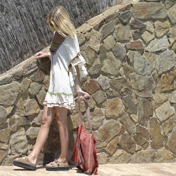 15colgadasdeunapercha-verano-summer-vestido-etnico-ethinc-dress-birkenstock-gina-carreras-8