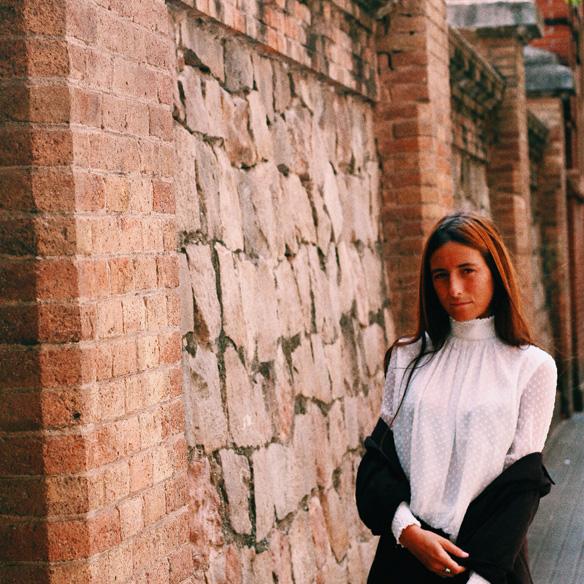 15-colgadas-de-una-percha-bebofi-must-have-fw-15-16-oi-imprescindible-blusa-estilo-victoriano-victorian-style-blouse-1
