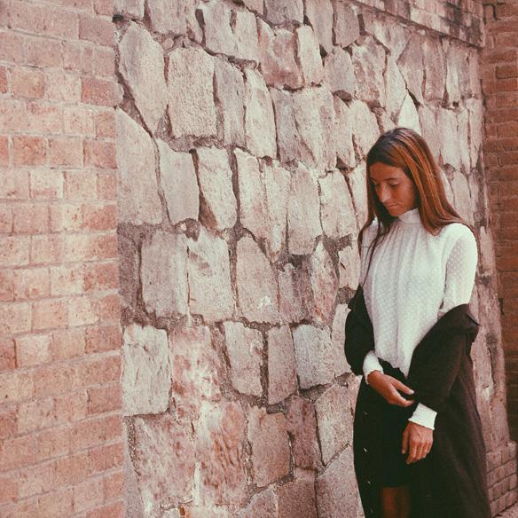 15-colgadas-de-una-percha-bebofi-must-have-fw-15-16-oi-imprescindible-blusa-estilo-victoriano-victorian-style-blouse-8