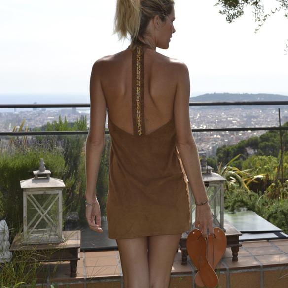 15-colgadas-de-una-percha-gina-carreras-ante-suede-mini-vestido-indie-dress-oh-my-collection-9