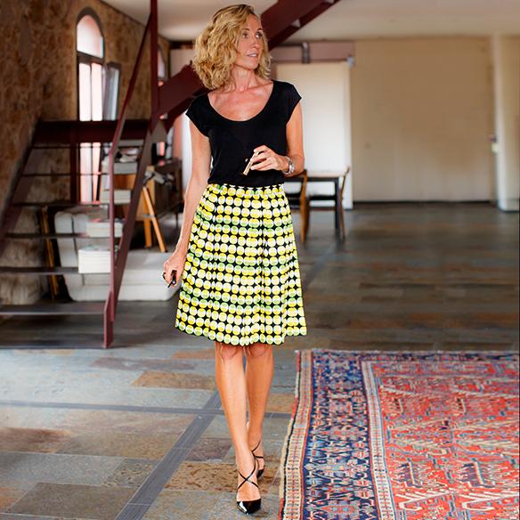 15-colgadas-de-una-percha-maica-jau-falda-estampada-print-skirt-negro-black-louboutin-louis-vuitton-1