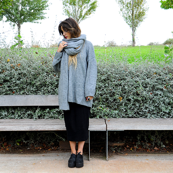 15-colgadas-de-una-percha-anna-duarte-must-have-fw-15-16-oi-imprescindible-granny-abuela-midi-skirt-falda-midi-gris-grey-1
