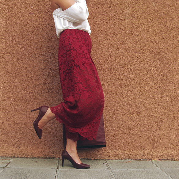 15-colgadas-de-una-percha-carla-kissler-must-have-fw-oi-imprescindible-culottes-encaje-lace-marsala-blusa-off-shoulder-blouse-4