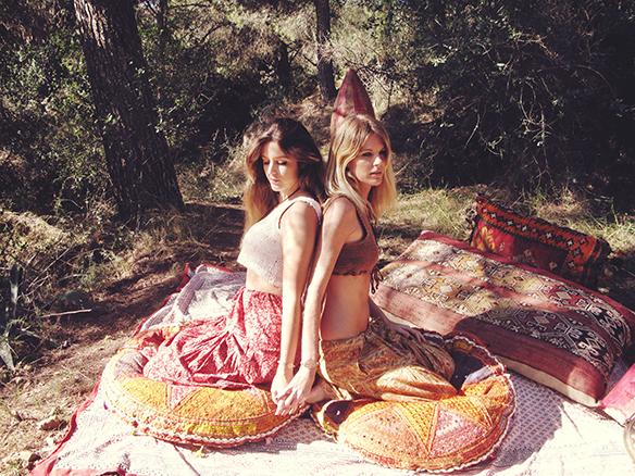 15-colgadas-de-una-percha-almah-scented-jewelry-lookbook-fw-15-16-joyeria-bisuteria-aromatica-perfumada-anna-duarte-gina-carreras-hippie-yoga-2