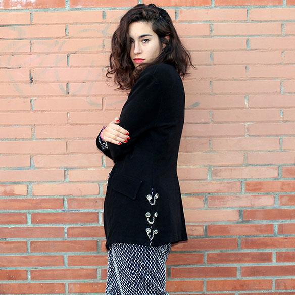 15-colgadas-de-una-percha-blanche-jumpsuit-mono-red-lips-jacket-chaqueta-8