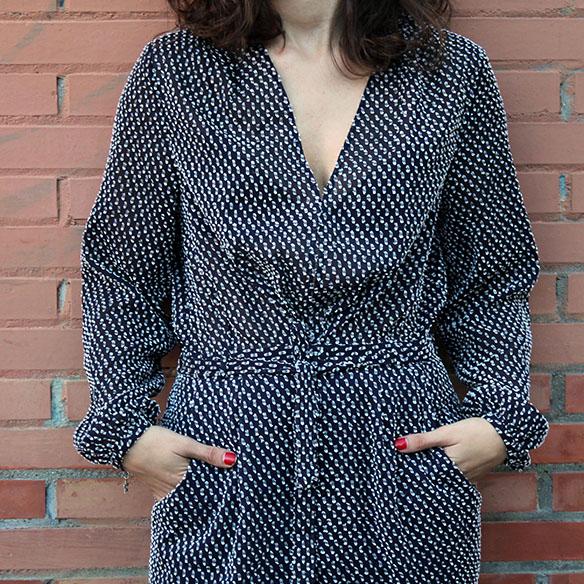 15-colgadas-de-una-percha-blanche-jumpsuit-mono-red-lips-jacket-chaqueta-9