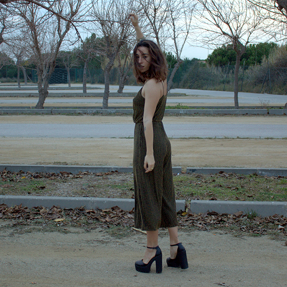 15-colgadas-de-una-percha-blanche-fin-de-año-nochevieja-new-years-eve-mono-jumpsuit-culottes-fur-coat-abrigo-pelo-6