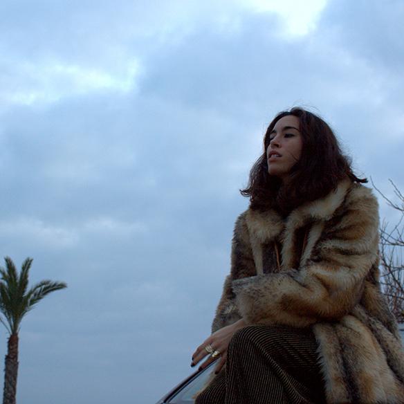 15-colgadas-de-una-percha-blanche-fin-de-año-nochevieja-new-years-eve-mono-jumpsuit-culottes-fur-coat-abrigo-pelo-9