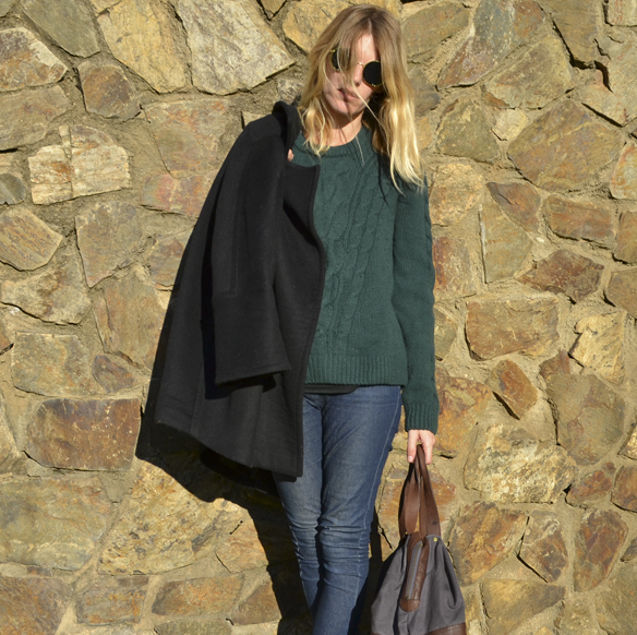 15-colgadas-de-una-percha-gina-carreras-abrigo-roger-coat-bolso-handbag-georgina-carreras-barcelona-jeggins-verde-botella-bottle-green-6
