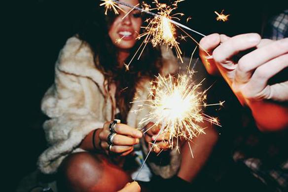 15-colgadas-de-una-percha-inspiracion-nochevieja-fin-de-año-new-years-eve-inspo-inspiration-6