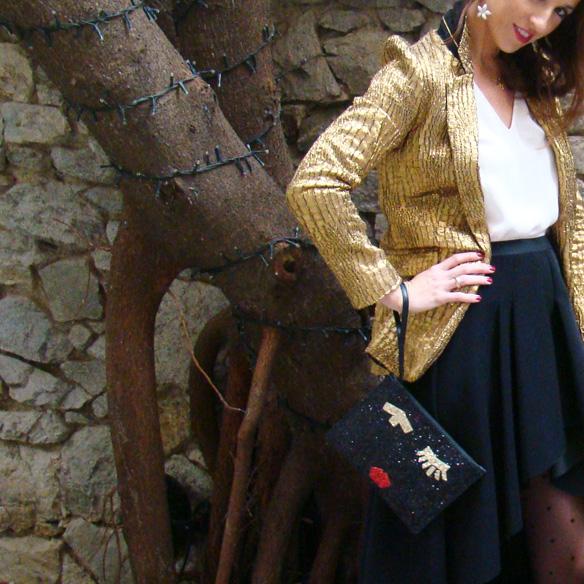 15-colgadas-de-una-percha-marta-r-navidad-christmas-gold-blazer-americana-dorada-falda-neopreno-neoprene-skirt-medias-plumetti-tights-8