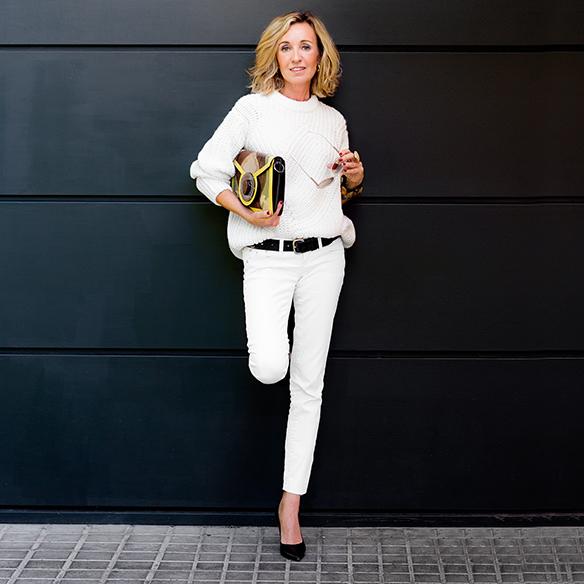 15-colgadas-de-una-percha-maica-jau-invierno-blanco-white-winter-crudo-ecru-stilettos-skinny-jeans-abrigo-coat-3