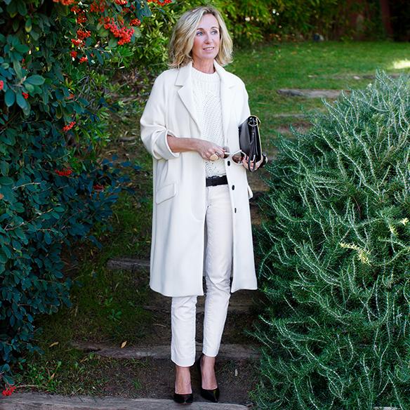 15-colgadas-de-una-percha-maica-jau-invierno-blanco-white-winter-crudo-ecru-stilettos-skinny-jeans-abrigo-coat-7