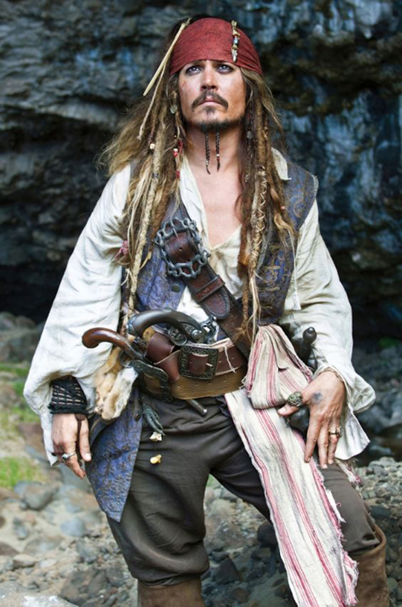 15-colgadas-de-una-percha-sunday-man-day-look-outfit-hombre-men-menswear-moda-masculina-disfraz-costume-carnaval-carnival-capitan-jack-sparrow-captain-pirata-pirate-johnny-depp