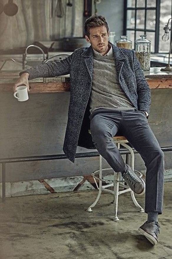 15-colgadas-de-una-percha-sunday-man-day-look-outfit-hombre-men-menswear-moda-masculina-gris-por-capas-layers-grey-total-look