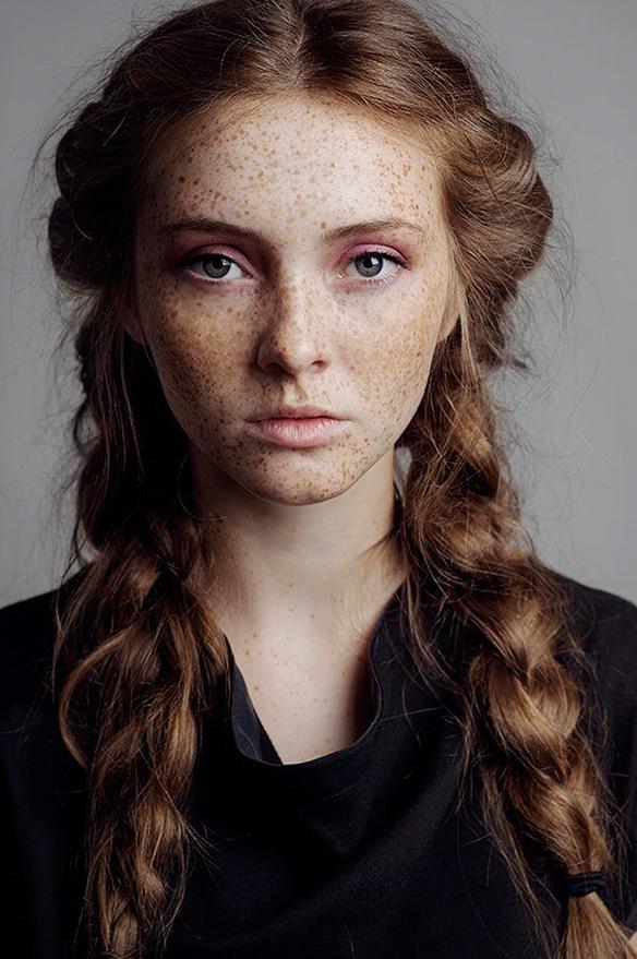 15-colgadas-de-una-percha-tendencias-peinados-pelo-hair-hairstyles-trends-cobrizo-red-hair-auburn-hair-2