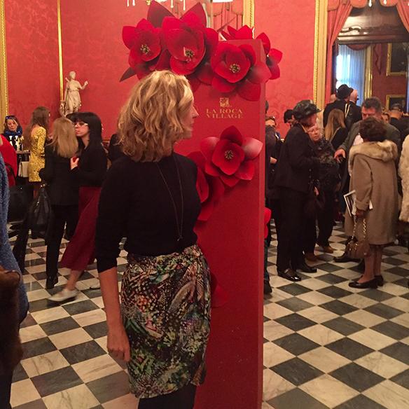 15-colgadas-de-una-percha-080-bcn-fashion-week-moda-barcelona-fw-oi-2016-2017-Manolo-Blahnik-3