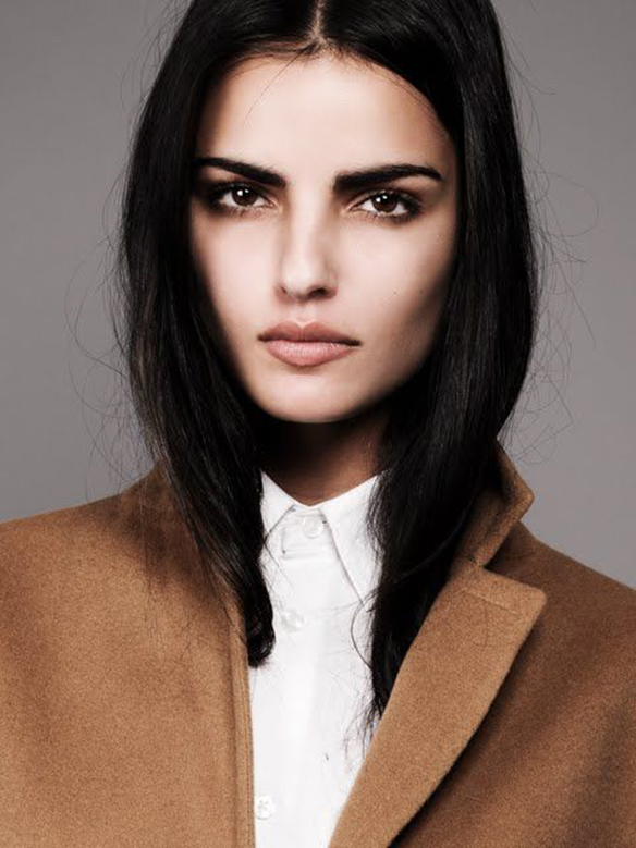 15-colgadas-de-una-percha-maquillaje-make-up-fw-oi-fall-winter-15-16-cejas-eyebrows-4