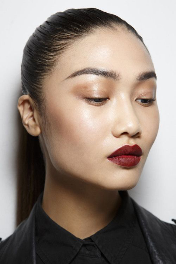 15-colgadas-de-una-percha-maquillaje-make-up-fw-oi-fall-winter-15-16-labios-mate-matt-lips-5