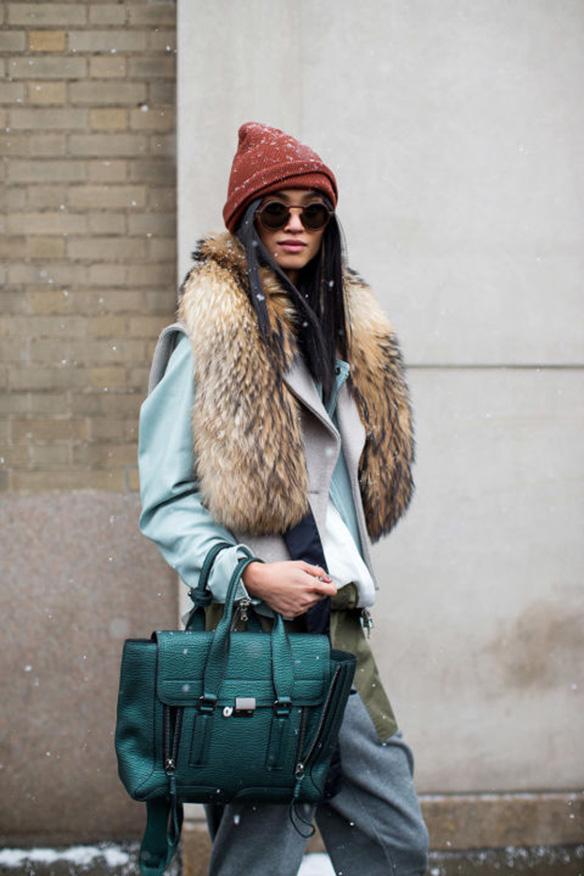 15-colgadas-de-una-percha-nyfw-street-style-new-york-fashion-week-estilo-style-outfits-looks-2
