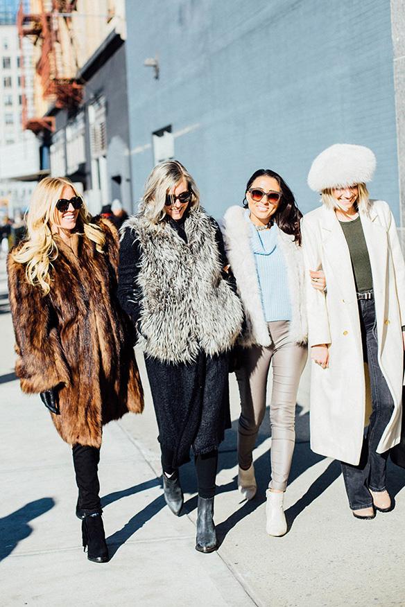 15-colgadas-de-una-percha-nyfw-street-style-new-york-fashion-week-estilo-style-outfits-looks-26