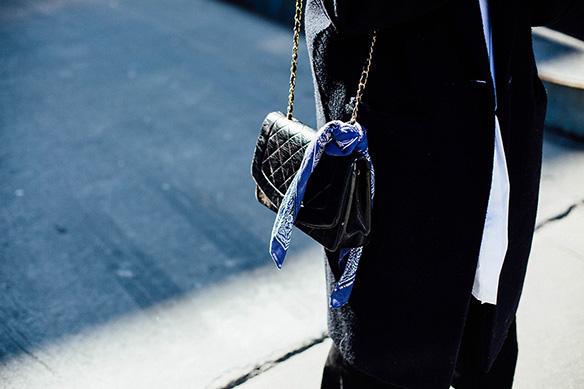 15-colgadas-de-una-percha-nyfw-street-style-new-york-fashion-week-estilo-style-outfits-looks-27
