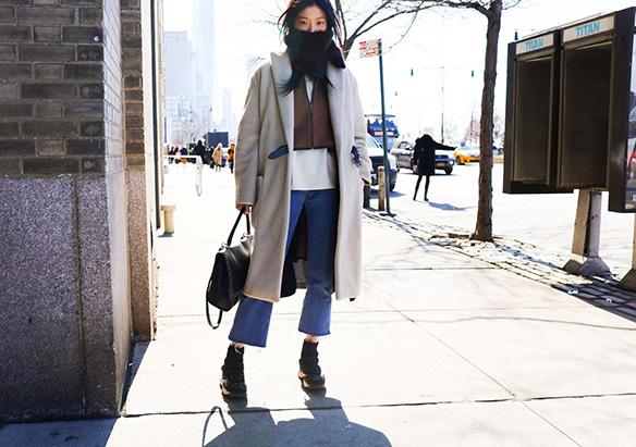 15-colgadas-de-una-percha-nyfw-street-style-new-york-fashion-week-estilo-style-outfits-looks-35