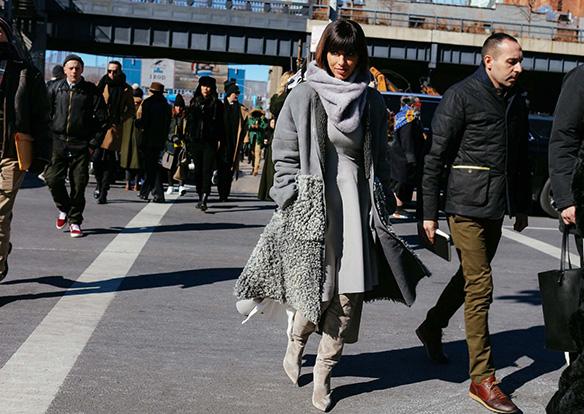 15-colgadas-de-una-percha-nyfw-street-style-new-york-fashion-week-estilo-style-outfits-looks-36