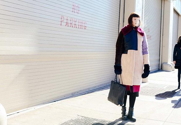 15-colgadas-de-una-percha-nyfw-street-style-new-york-fashion-week-estilo-style-outfits-looks-37