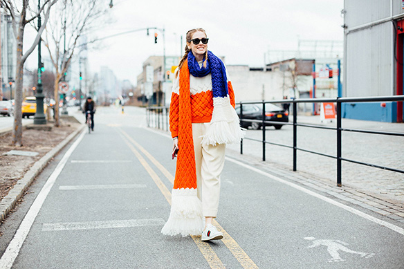 15-colgadas-de-una-percha-nyfw-street-style-new-york-fashion-week-estilo-style-outfits-looks-9