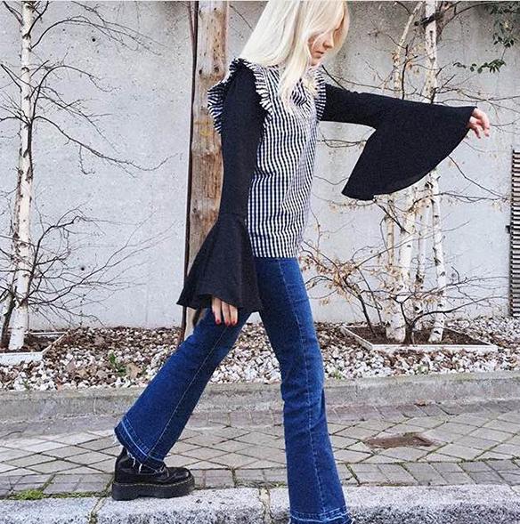 15-colgadas-de-una-percha-15-lwl-looks-we-love-outfits-bell-sleeves-mangas-campana-inspo-inspiracion-inspiration-style-estilo-5