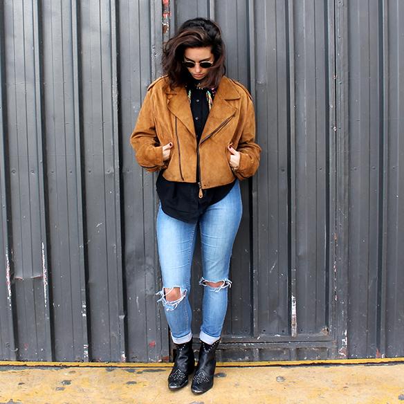 15-colgadas-de-una-percha-blanche-vintage-chaqueta-jacket-camisa-flamingos-shirt-botines-booties-3