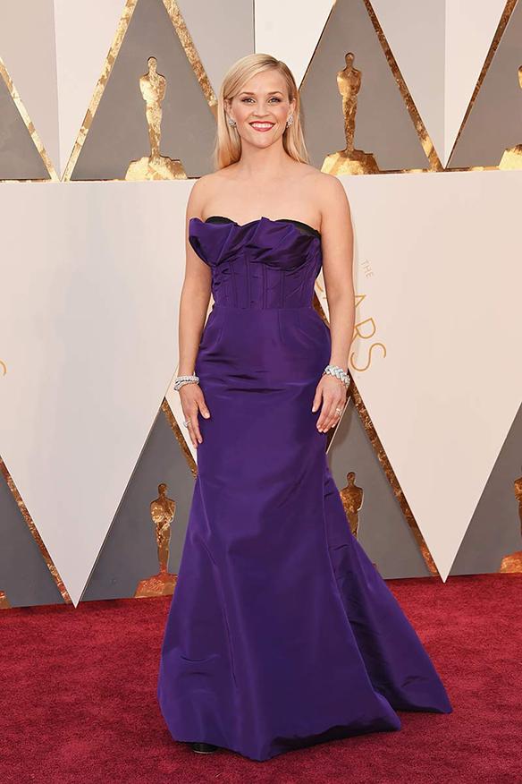 15-colgadas-de-una-percha-oscars-2016-peor-vestidas-actriz-actress-reese-witherspoon
