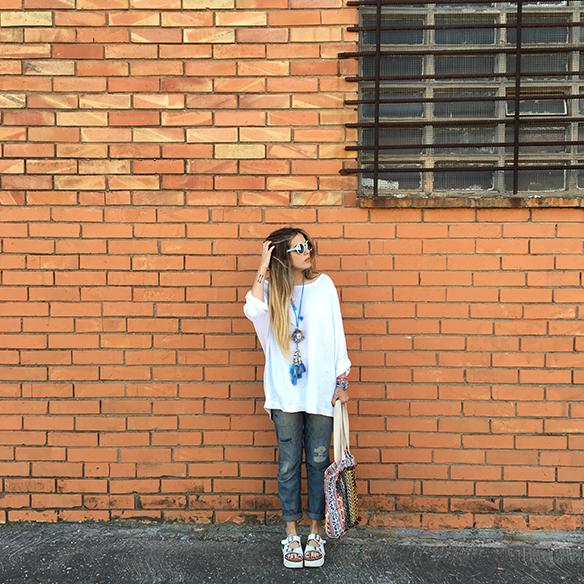 15-colgadas-de-una-percha-anna-duarte-ethnic-etnico-jeans-oversize-knit-punto-sandalias-sandals-8