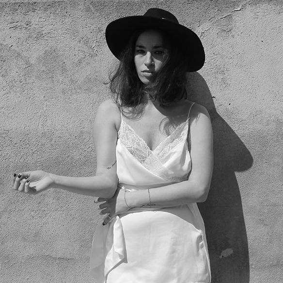 15-colgadas-de-una-percha-blanche-must-have-ss-16-pv-2016-imprescindibles-vestido-lencero-lingerie-dress-estilo-pijamero-pyjamas-style-1