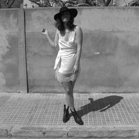 15-colgadas-de-una-percha-blanche-must-have-ss-16-pv-2016-imprescindibles-vestido-lencero-lingerie-dress-estilo-pijamero-pyjamas-style-10