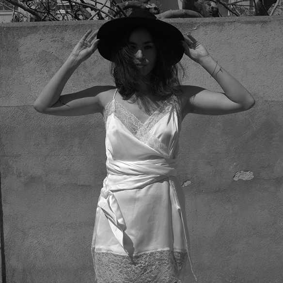 15-colgadas-de-una-percha-blanche-must-have-ss-16-pv-2016-imprescindibles-vestido-lencero-lingerie-dress-estilo-pijamero-pyjamas-style-6