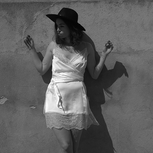 15-colgadas-de-una-percha-blanche-must-have-ss-16-pv-2016-imprescindibles-vestido-lencero-lingerie-dress-estilo-pijamero-pyjamas-style-8