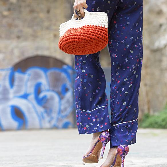 15-colgadas-de-una-percha-maica-jau-ss-16-pv-flores-flowers-floral-print-pantalon-pijama-pyjamas-pant-sudadera-sweatshirt-7