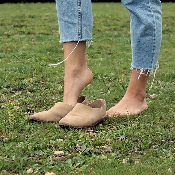 15-colgadas-de-una-percha-blanche-vintage-print-estampado-jeans-con-flecos-tassel-jeans-babuchas-babouches-4