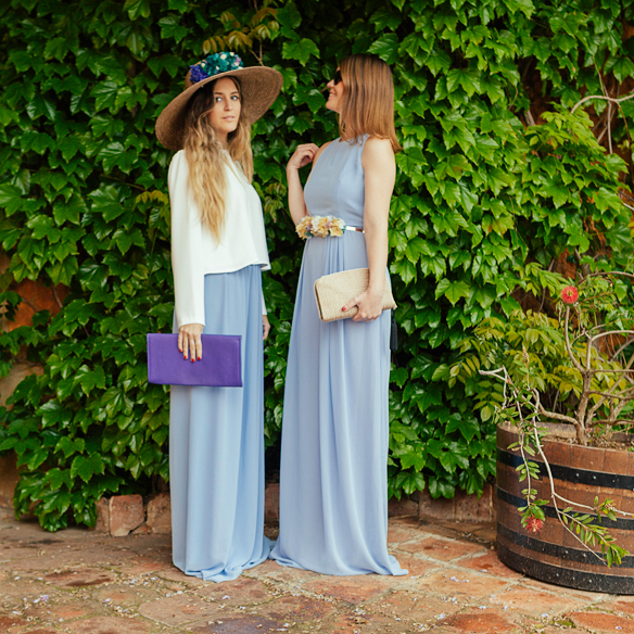 15-colgadas-de-una-percha-carla-kissler-anna-duarte-vestidos-invitadas-de-boda-wedding-guest-outfits-looks-barea-barcelona-1