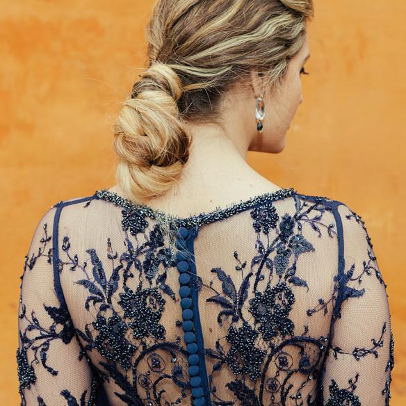 15-colgadas-de-una-percha-carla-kissler-anna-duarte-vestidos-invitadas-de-boda-wedding-guest-outfits-looks-cristina-tamborero-2