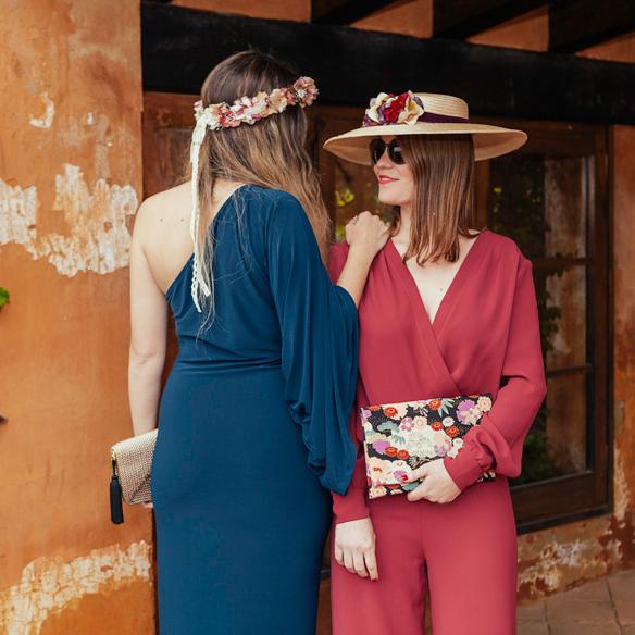 15-colgadas-de-una-percha-carla-kissler-anna-duarte-vestidos-invitadas-de-boda-wedding-guest-outfits-looks-rental-mode-barcelona-bcn-7