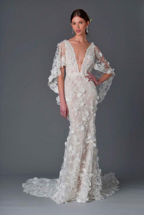 15-colgadas-de-una-percha-que-tipo-de-novia-eres-what-kind-of-bride-are-you-wedding-gown-dress-vestidos-de-novia-bodas-capa-cape-capucha-hood-4