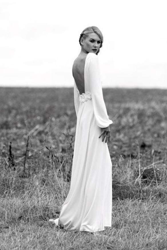 15-colgadas-de-una-percha-que-tipo-de-novia-eres-what-kind-of-bride-are-you-wedding-gown-dress-vestidos-de-novia-bodas-effortlessly-chic-7