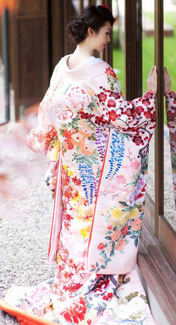 15-colgadas-de-una-percha-que-tipo-de-novia-eres-what-kind-of-bride-are-you-wedding-gown-dress-vestidos-de-novia-bodas-etnica-ethnic-13
