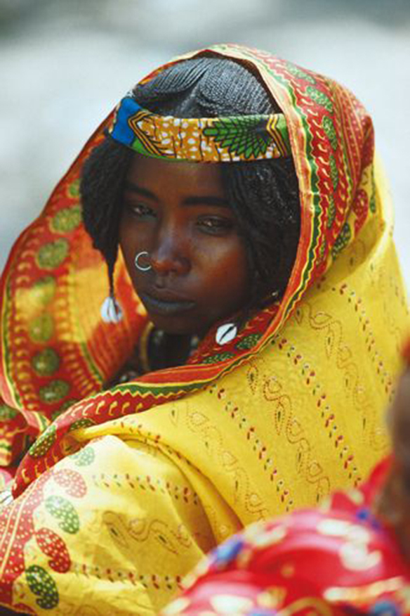 15-colgadas-de-una-percha-que-tipo-de-novia-eres-what-kind-of-bride-are-you-wedding-gown-dress-vestidos-de-novia-bodas-etnica-ethnic-14